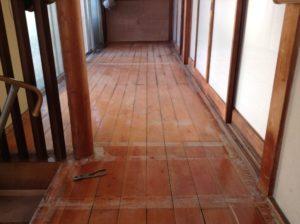 既存の床板