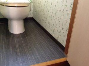 トイレの床リフォーム