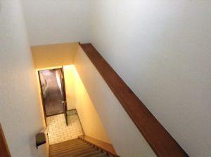 階段室のクロス張替え