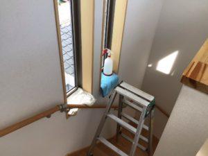 階段室の窓