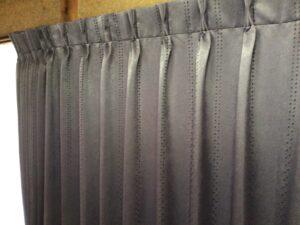 遮光のカーテン